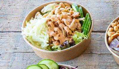 Salade met pulled chicken